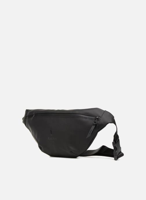 Petite Maroquinerie Rains  Bum Bag Noir vue portées chaussures