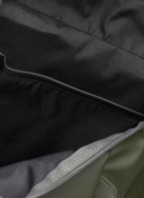 Rugzakken Rains  Mountaineer Bag Groen achterkant