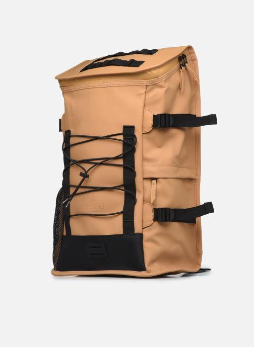 Rucksäcke Rains  Mountaineer Bag grün schuhe getragen