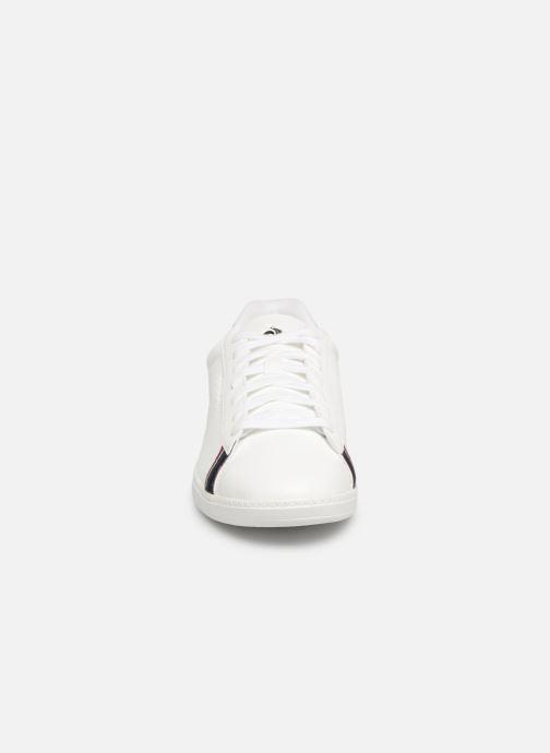 Sneakers Le Coq Sportif Courtstar Bianco modello indossato
