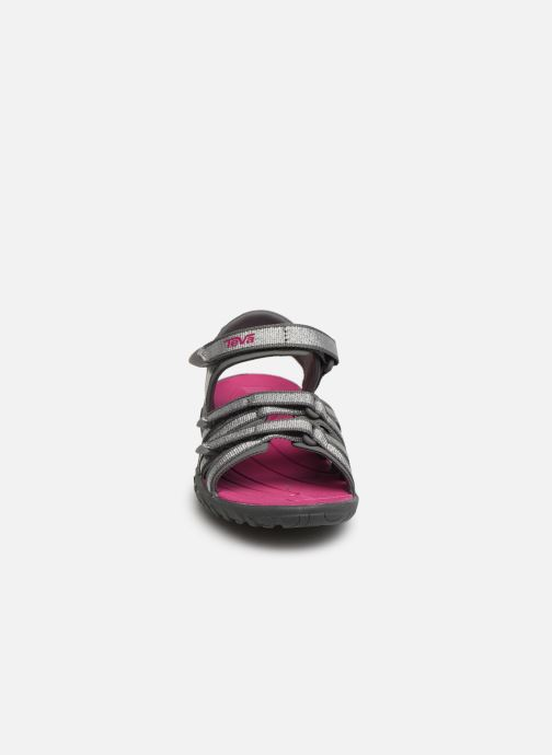 Sandali e scarpe aperte Teva Tirra Kids Rosa modello indossato