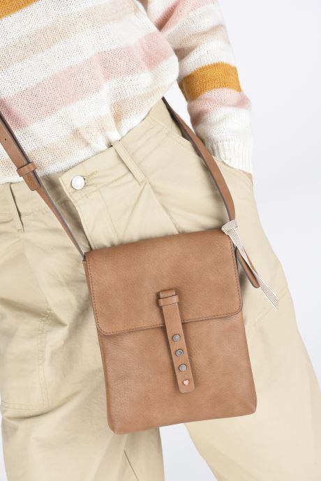 Sacs à main Esprit Mona Small Shoulder Bag Marron vue bas / vue portée sac