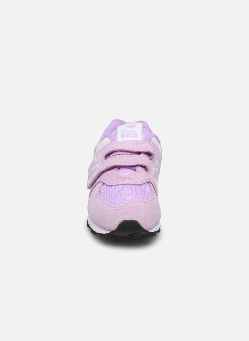 Sneakers New Balance IV574 Rosa modello indossato