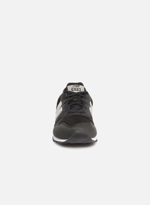 Baskets New Balance YC373 Noir vue portées chaussures
