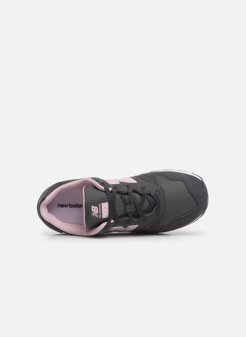 Sneakers New Balance YC373 Grijs links