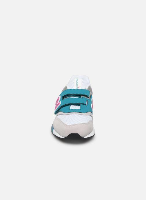 Baskets New Balance Kz997 Blanc vue portées chaussures