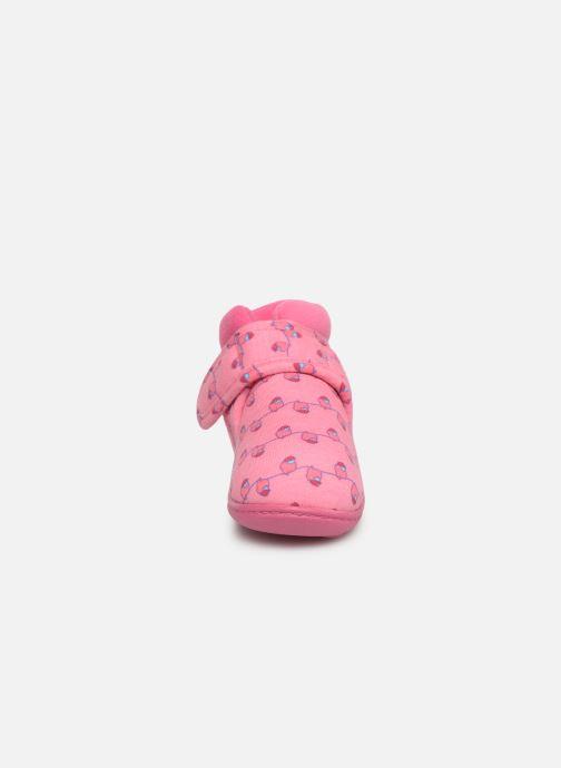 Chaussons Isotoner Botillon Velcro Jersey Rose vue portées chaussures