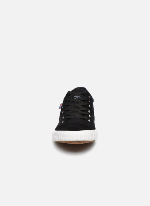 Sneakers Roadsign Adriano Sort se skoene på