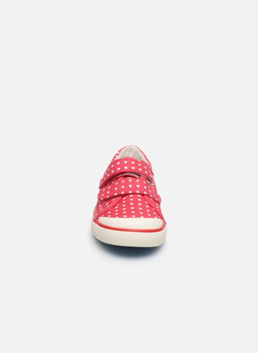 Sneakers Start Rite Bounce Rosa modello indossato