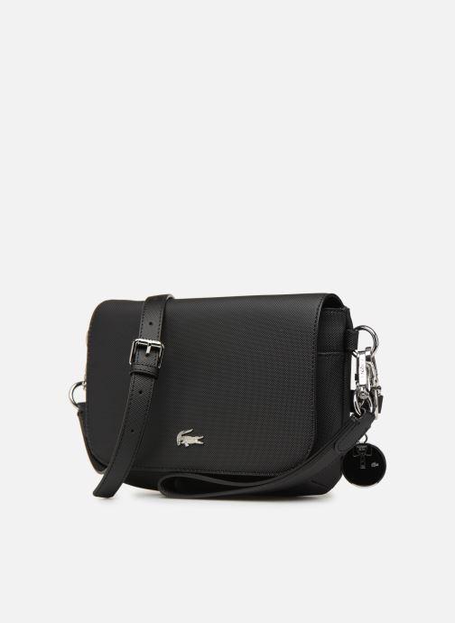 Sacs à main Lacoste DAILY CLASSIC  S CROSSOVER BAG Noir vue portées chaussures