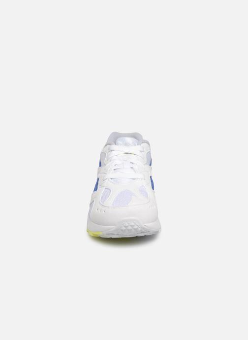 Baskets Reebok Aztrek K Blanc vue portées chaussures