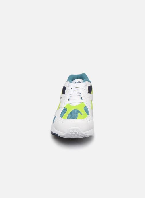 Sneaker Reebok Aztrek K weiß schuhe getragen