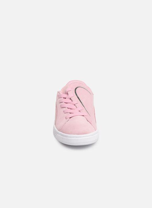 Baskets Puma JR Suede Crush Rose vue portées chaussures