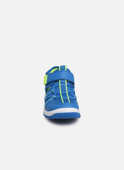 Sandali e scarpe aperte Superfit Tornado Azzurro modello indossato