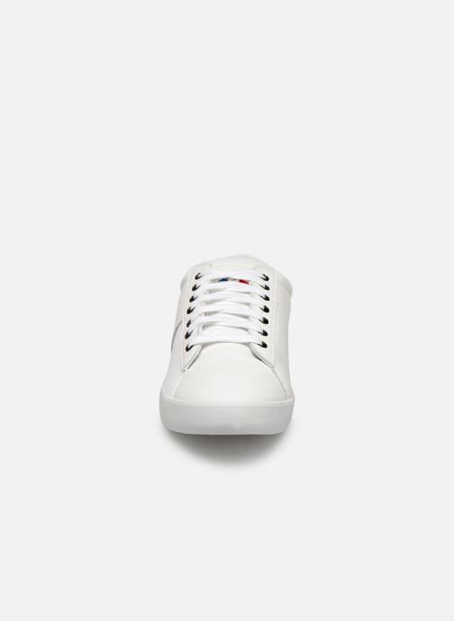 Baskets Le Coq Sportif Flag Blanc vue portées chaussures