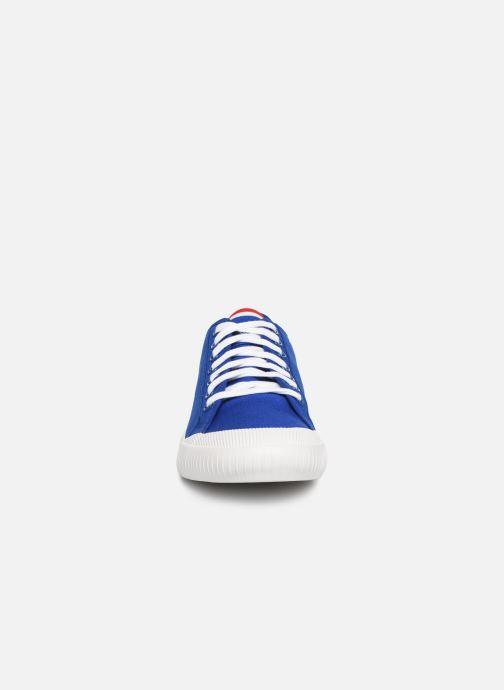 Baskets Le Coq Sportif Nationale Bleu vue portées chaussures
