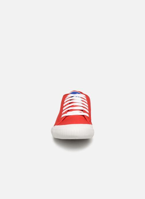 Baskets Le Coq Sportif Nationale Rouge vue portées chaussures