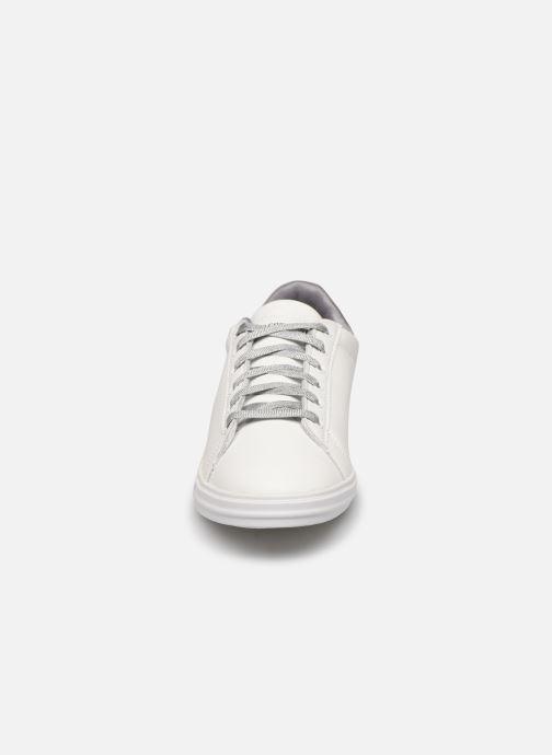 Baskets Le Coq Sportif Agate Blanc vue portées chaussures