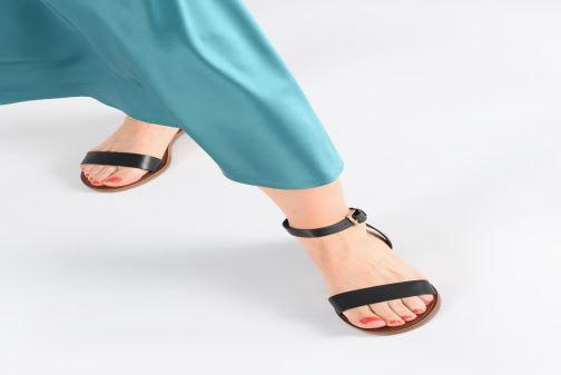Sandales et nu-pieds Aldo CAMPODORO Noir vue bas / vue portée sac