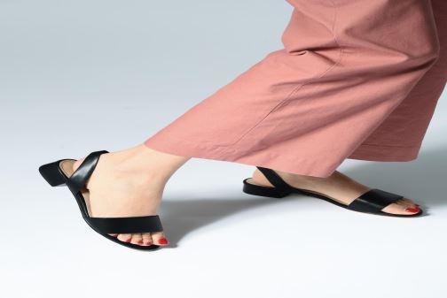 Sandales et nu-pieds Aldo CANDICE Noir vue bas / vue portée sac