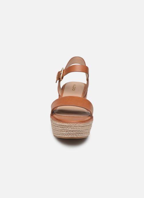 Espadrilles Aldo ERANI Marron vue portées chaussures