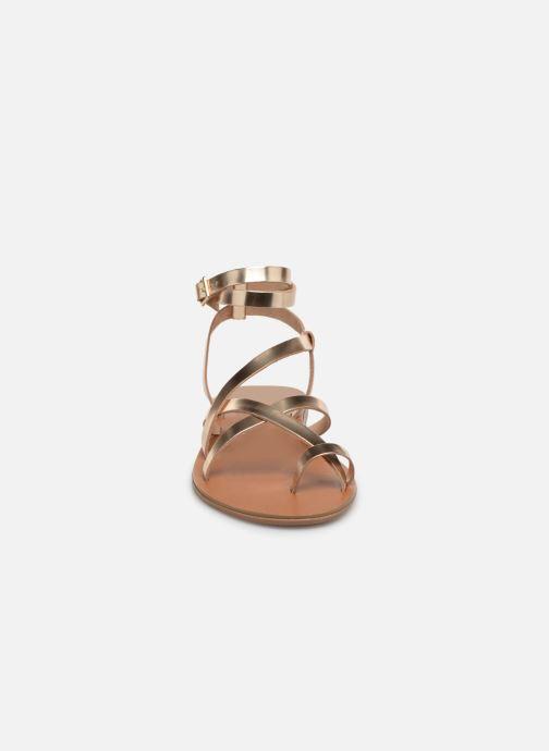Sandales et nu-pieds Aldo GLUDDA Or et bronze vue portées chaussures