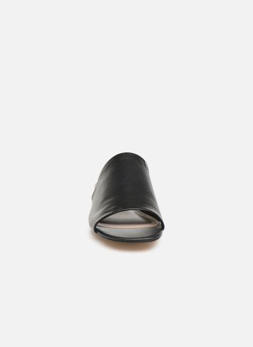 Mules et sabots Aldo GRANNA Noir vue portées chaussures
