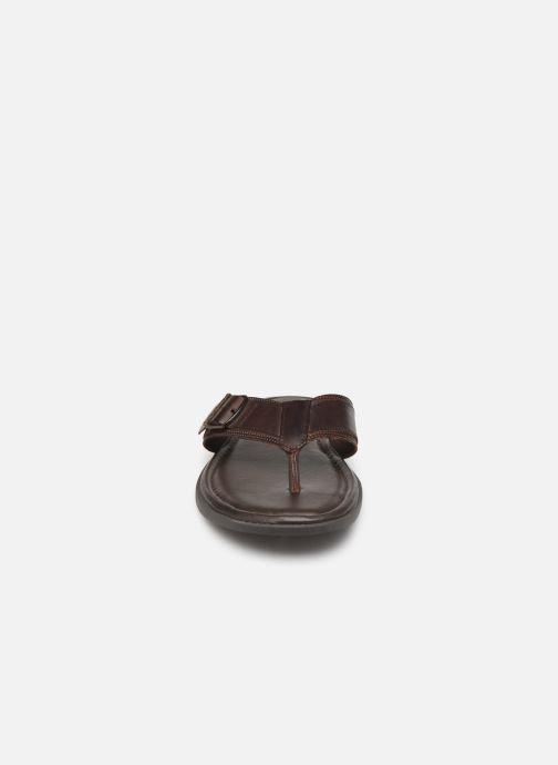 Tongs Aldo CYRIAS Marron vue portées chaussures