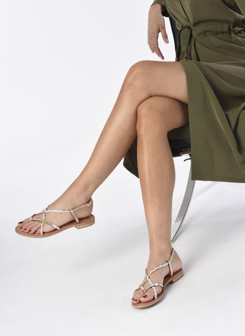 Sandales et nu-pieds Les Tropéziennes par M Belarbi MONATRES Blanc vue bas / vue portée sac