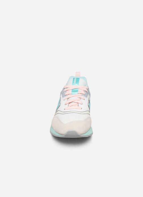 Baskets New Balance W997 Multicolore vue portées chaussures