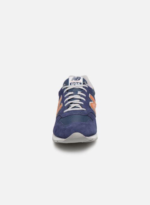 Baskets New Balance 996 Bleu vue portées chaussures