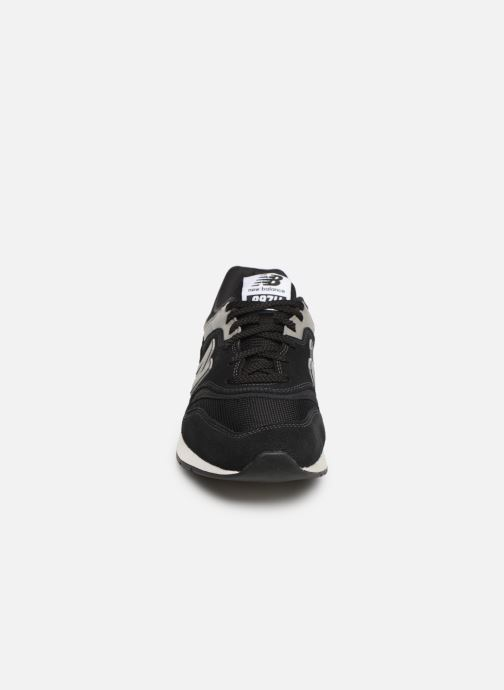 Deportivas New Balance 997 Negro vista del modelo