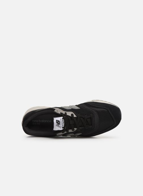 Trainers New Balance 997 Black view from the left