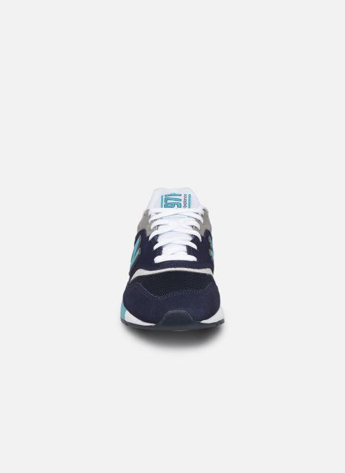 Deportivas New Balance 997 Azul vista del modelo