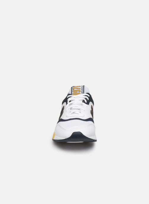 Trainers New Balance 997 White model view