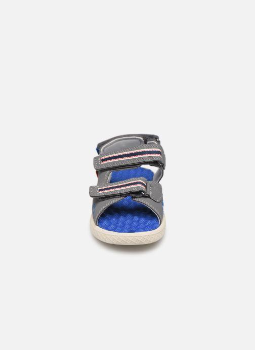 Sandales et nu-pieds Levi's Santa Barbara Gris vue portées chaussures