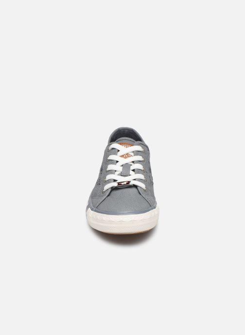 Baskets Mustang shoes Apolline Bleu vue portées chaussures