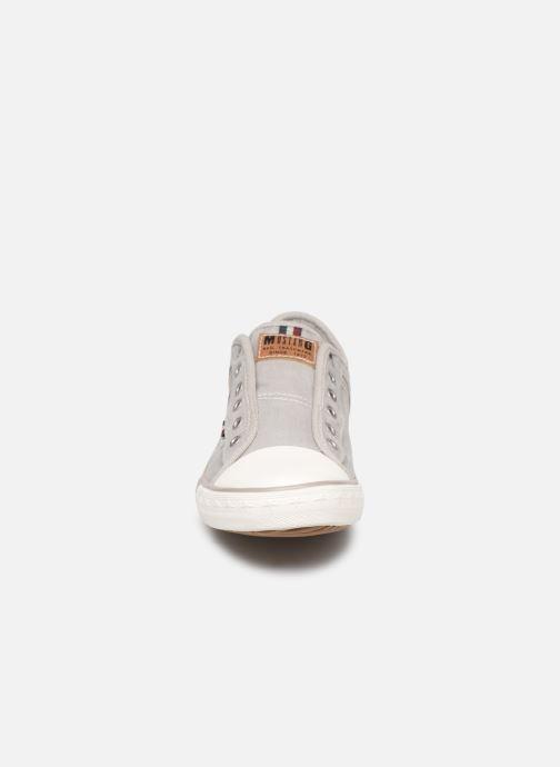 Baskets Mustang shoes Kevin Gris vue portées chaussures