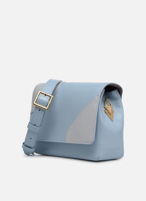 Sacs à main Louvreuse EUGENE LEATHER Bleu vue portées chaussures
