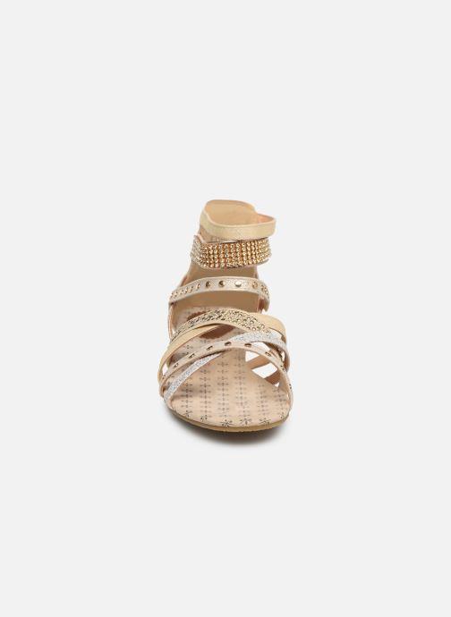 Sandales et nu-pieds Mustang shoes Romane Or et bronze vue portées chaussures