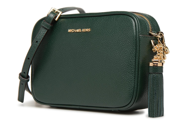 Sacs à main Michael Michael Kors MD Camera Bag Crossbody Vert vue portées chaussures