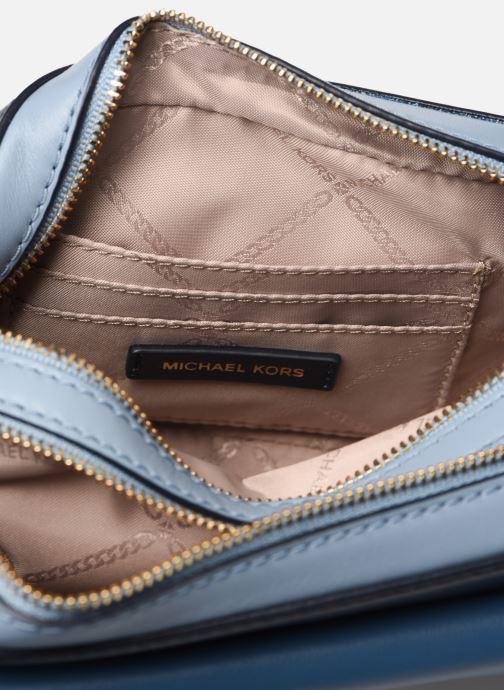 Handväskor Michael Michael Kors SM Pocket Camera Bag Blå bild från baksidan