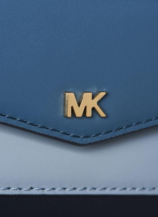 Handväskor Michael Michael Kors SM Pocket Camera Bag Blå bild från vänster sidan