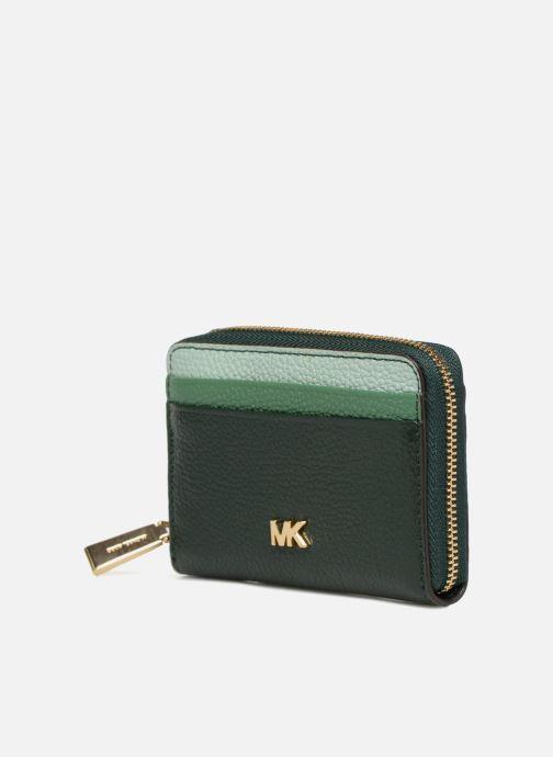 Petite Maroquinerie Michael Michael Kors ZA Coin Card Case Vert vue portées chaussures