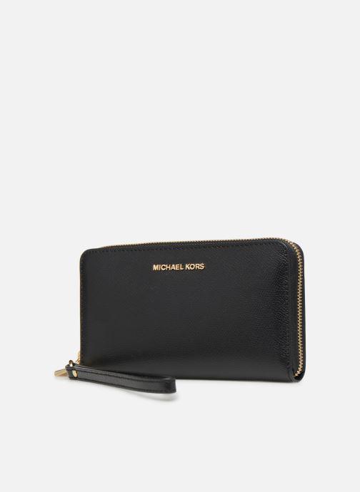 Petite Maroquinerie Michael Michael Kors Wrislet LG Coin MF Phone Case Noir vue portées chaussures