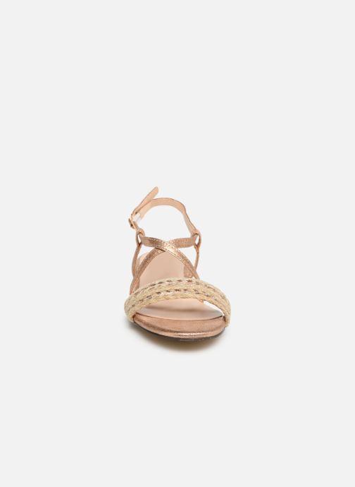 Sandali e scarpe aperte I Love Shoes CAITLIN Rosa modello indossato