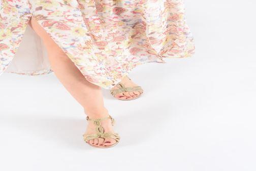 Sandales et nu-pieds I Love Shoes CALANDRA Or et bronze vue bas / vue portée sac