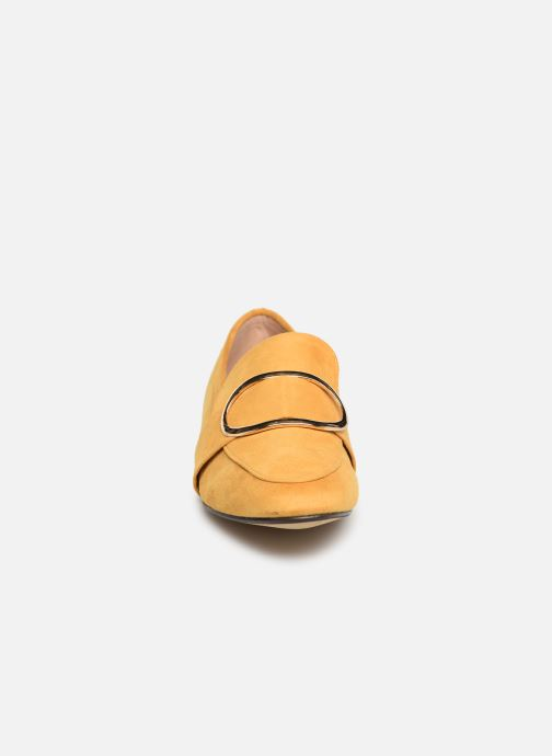 Mocassins I Love Shoes CAMELIE Jaune vue portées chaussures