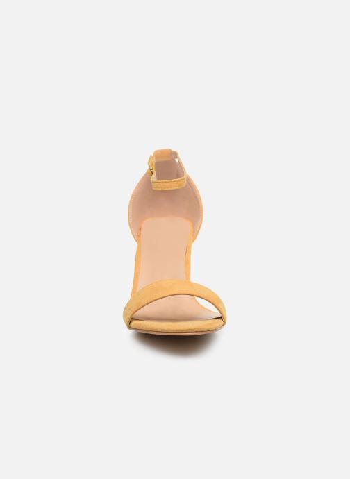 Sandales et nu-pieds I Love Shoes CABBY Jaune vue portées chaussures