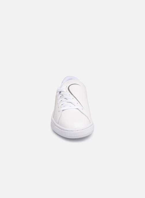 Baskets Puma Basket Crush Amboss Blanc vue portées chaussures